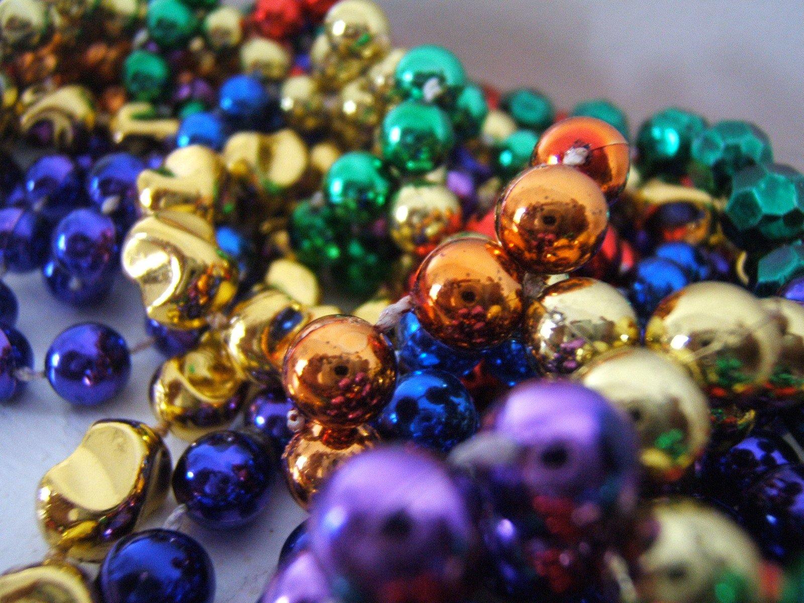 Free mardi gras beads stock photo - Free mardi gras pics ...