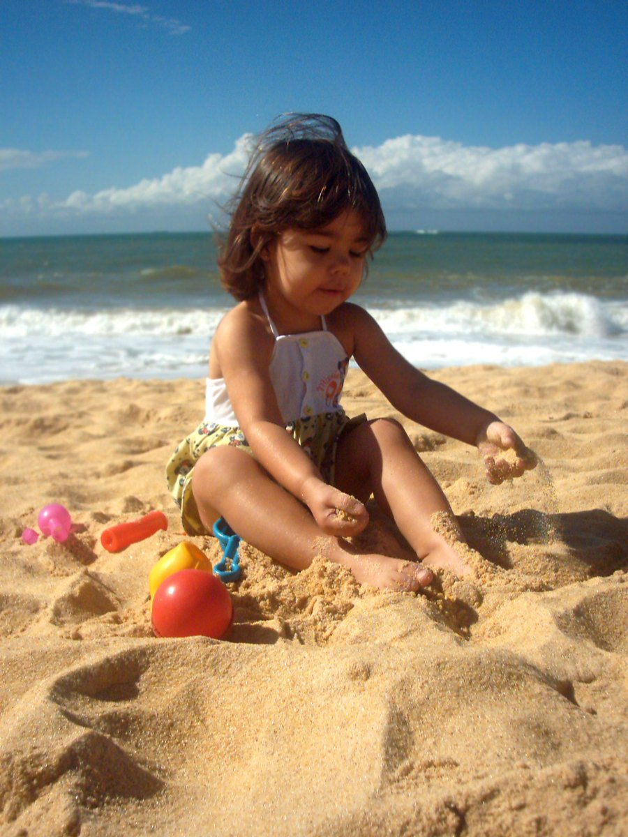Free kinder strand spielzeug stock photo freeimages