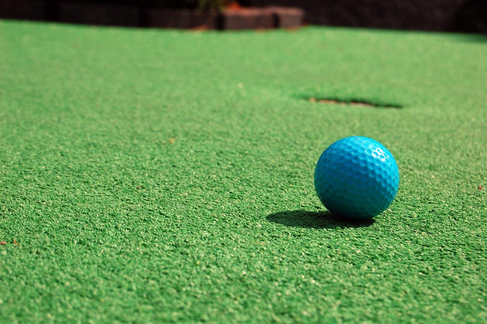 free mini golf stock photo  freeimages