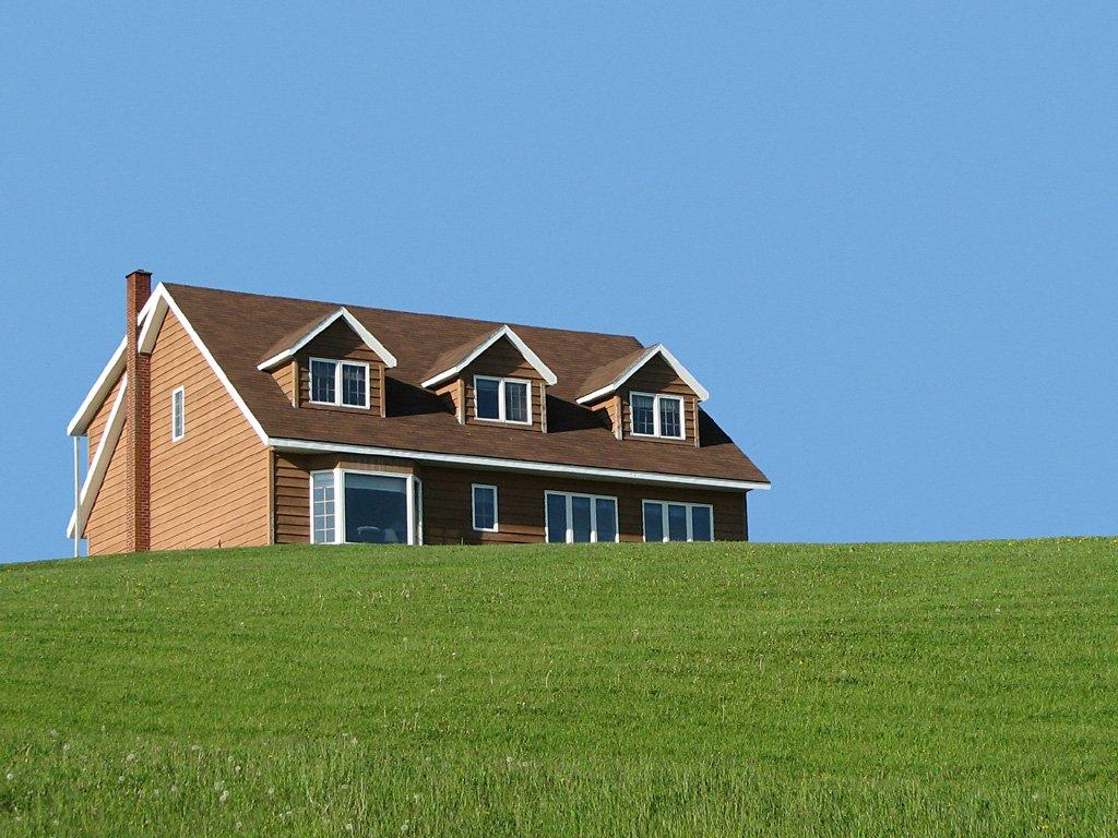 Free Cape Cod Style Home Stock Photo
