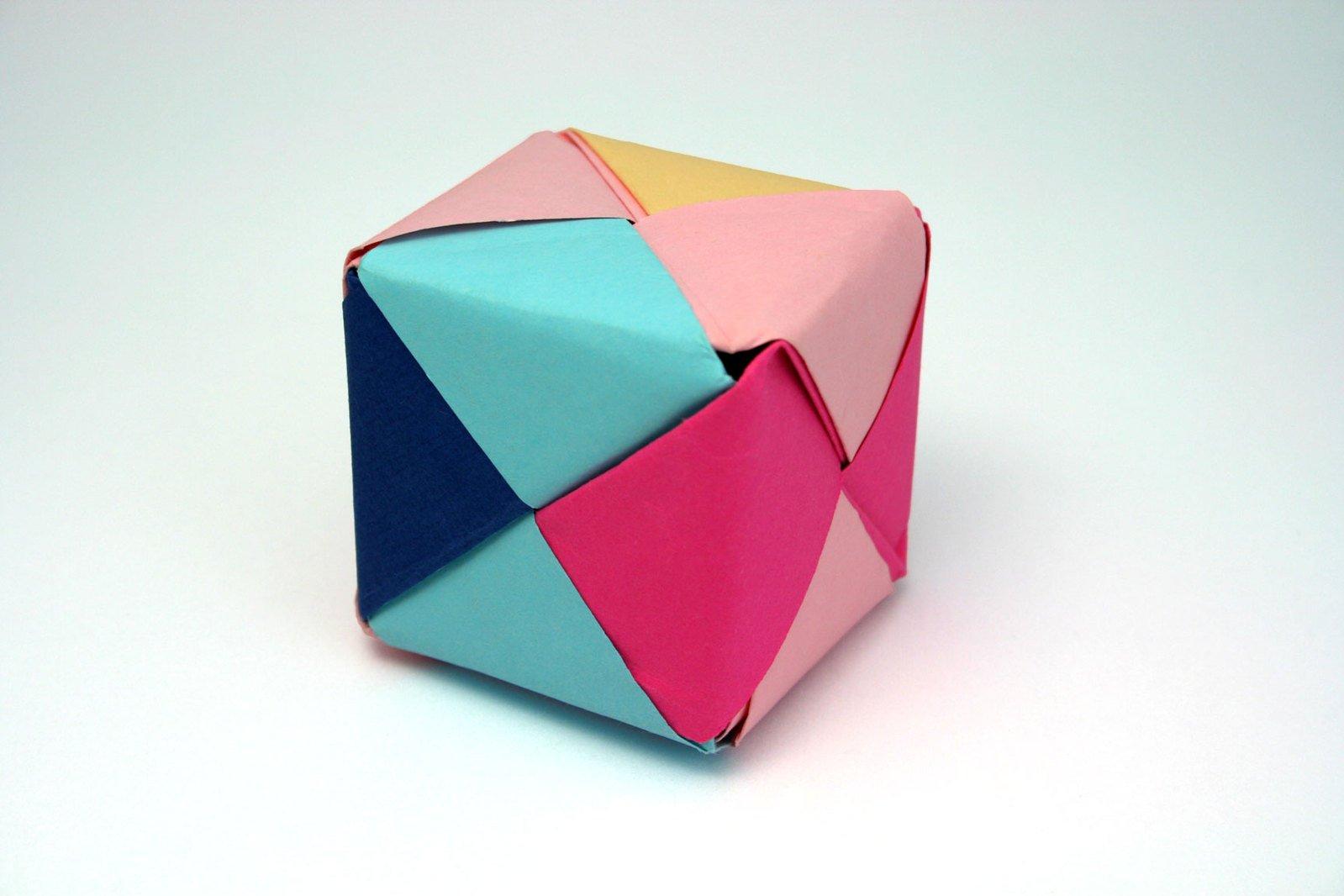 Free Caixa De Origami Stock Photo Freeimagescom