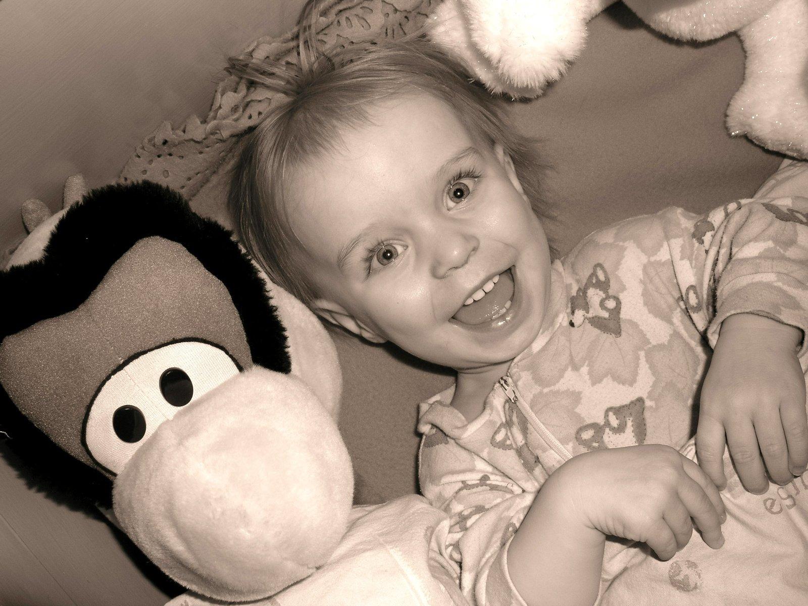 Free A Little Girl Saying Good Night 1 Stock Photo Freeimagescom