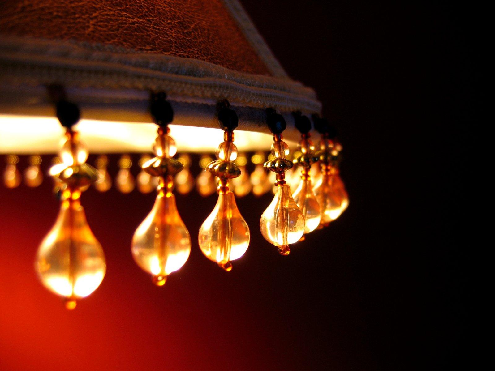 lamp-1184357.jpg