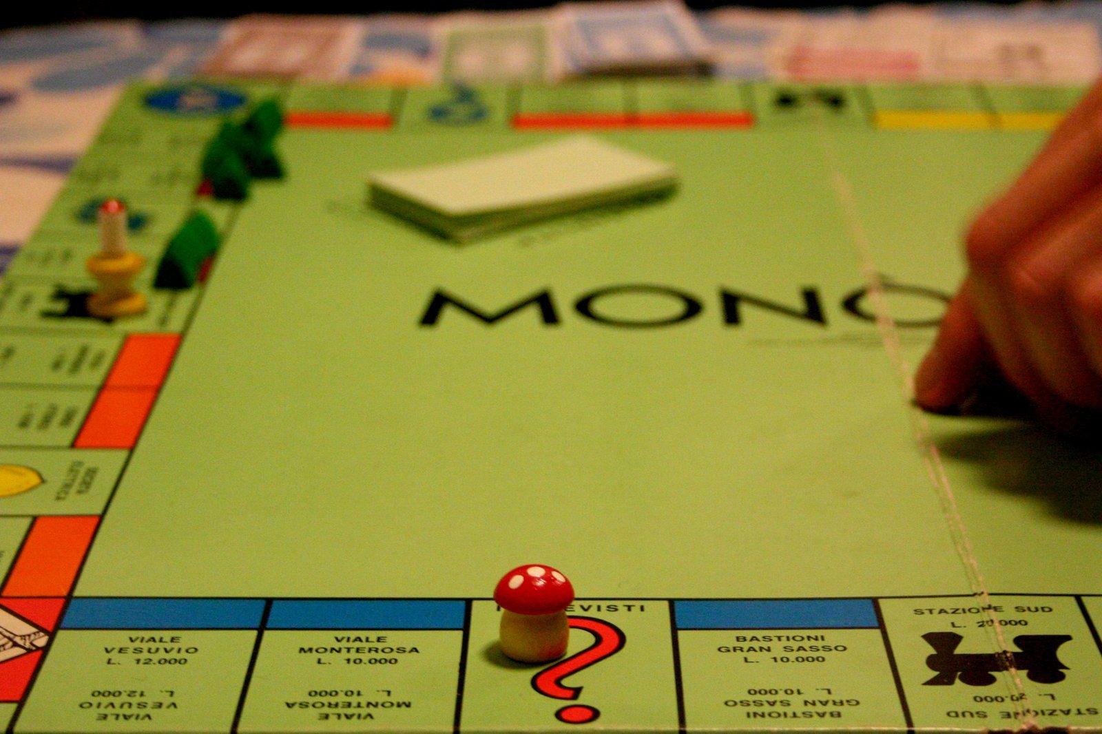 Free monopoli stock photo - Monopoli gioco da tavolo ...