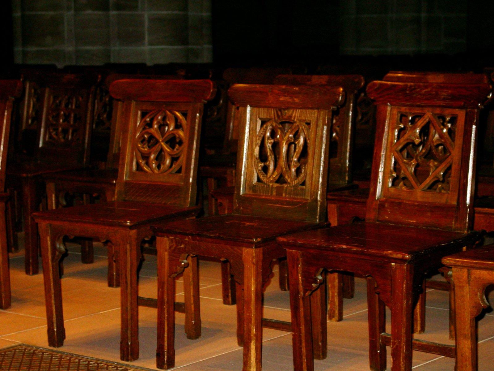 Church chairs in white chairs church sanctuary chairs for Wohndesign chur