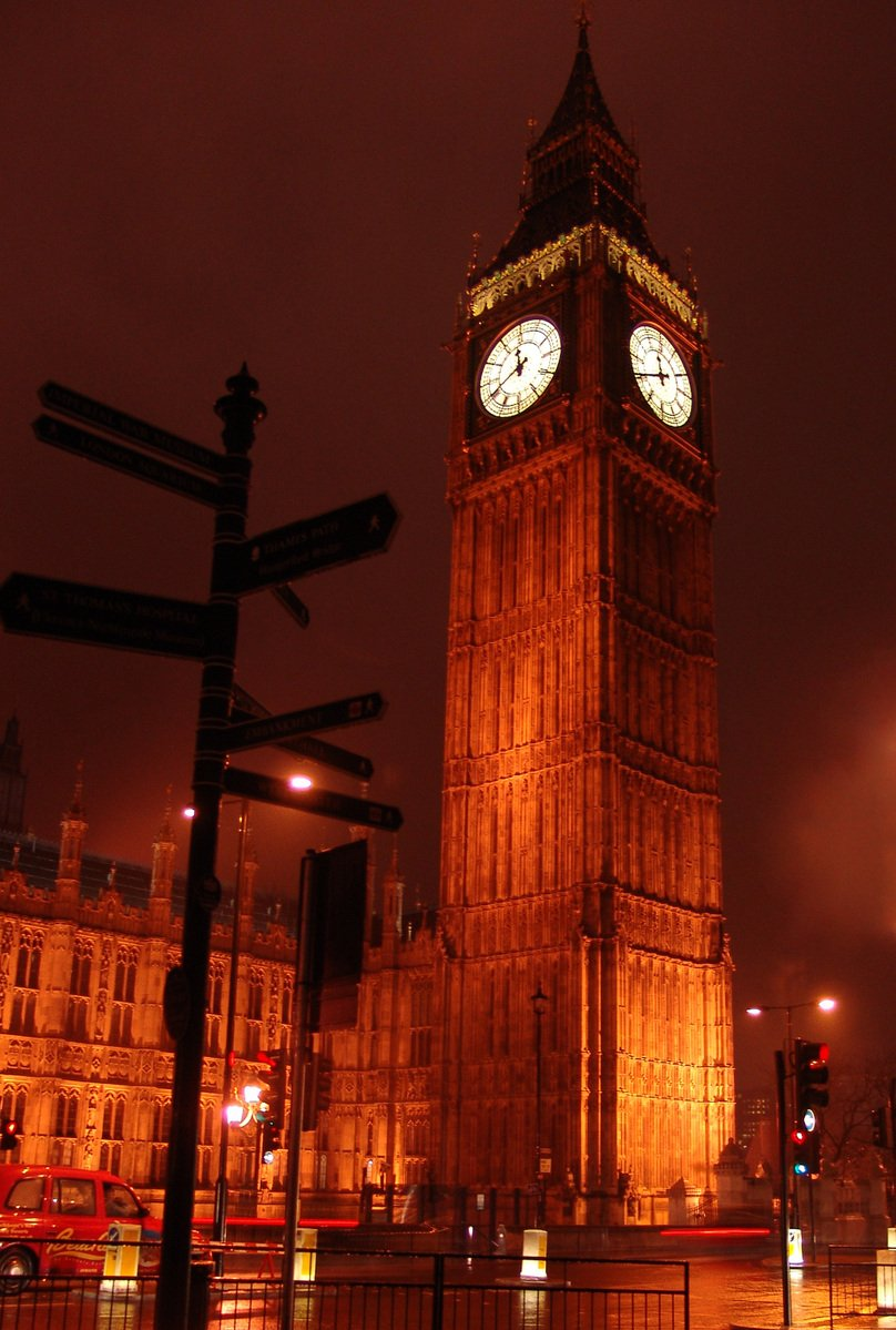 Free Big Ben By Night Stock Photo - FreeImages.com