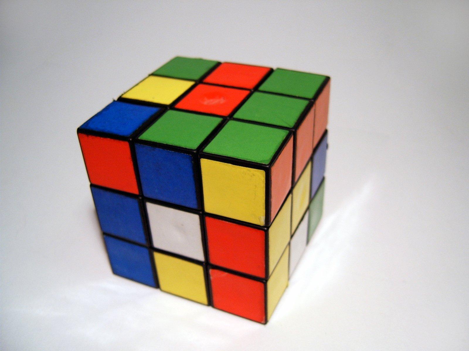rubik-s-cube-1547479.jpg