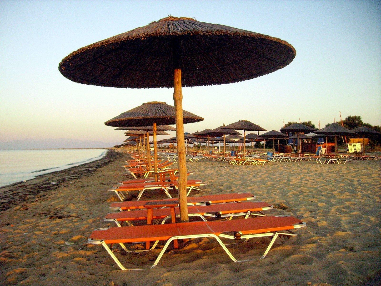 guarda sol personalizado Praia, manhã, areia