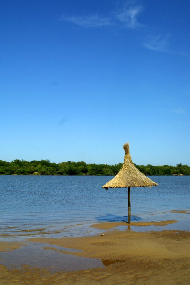 sol e praia com guarda sol grande reforçado - maria pumar industria