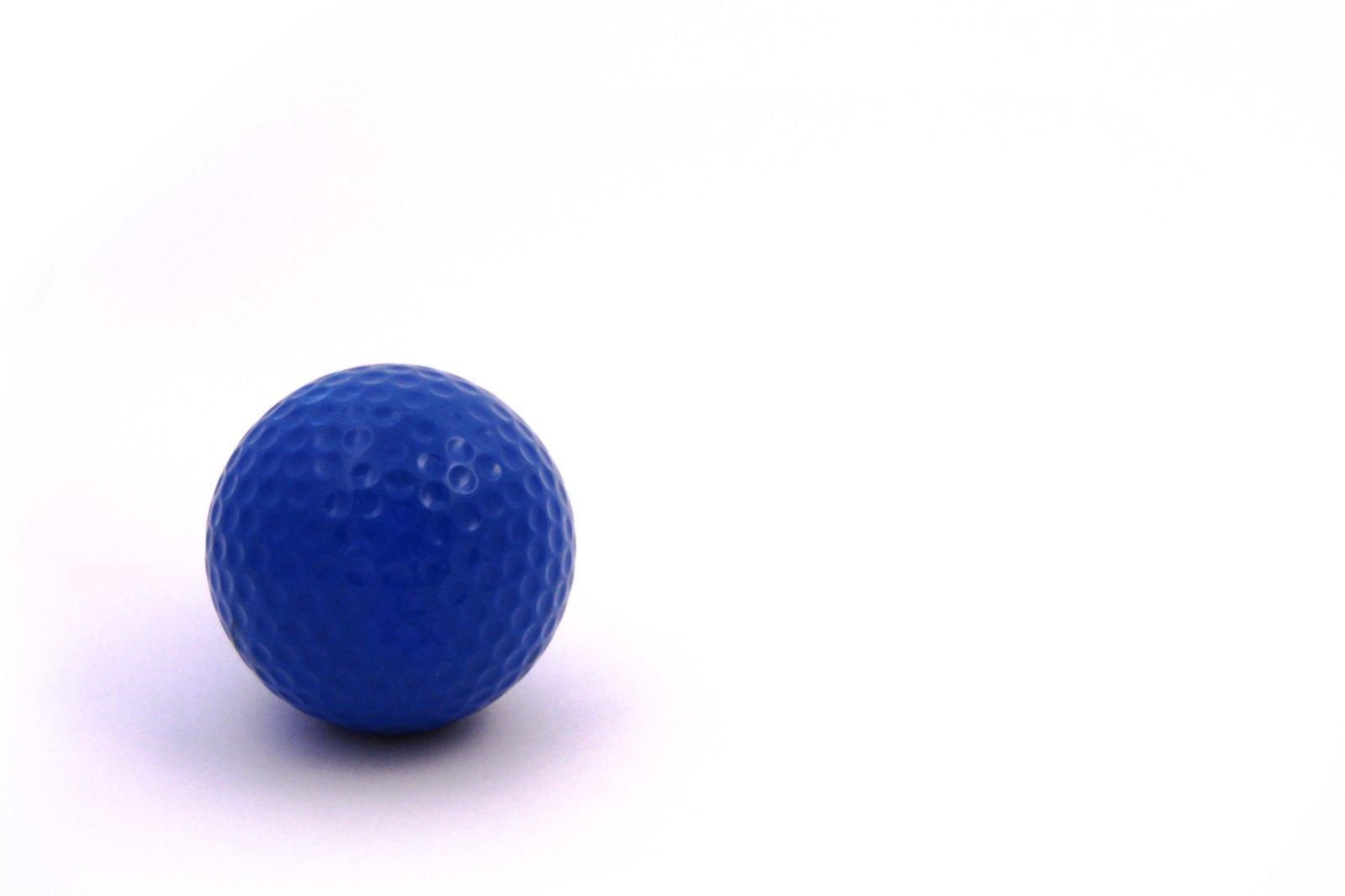 Free blue golf ball stock photo for Fish food golf balls