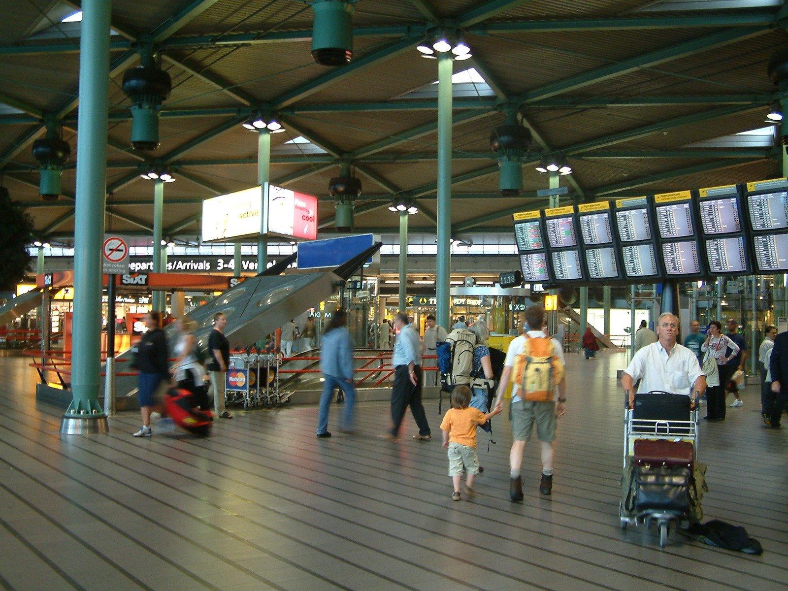 Aeroporto Amsterdam : Free amsterdam airport schiphol the netherlands stock