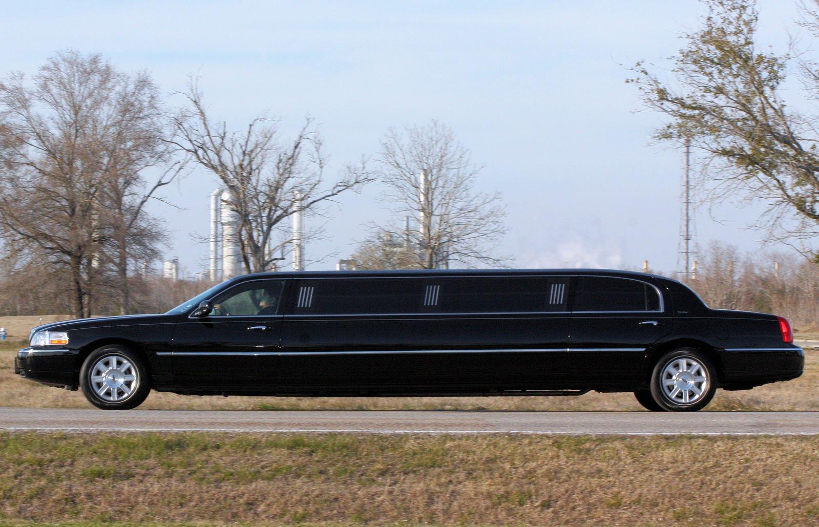 luxury wedding limo