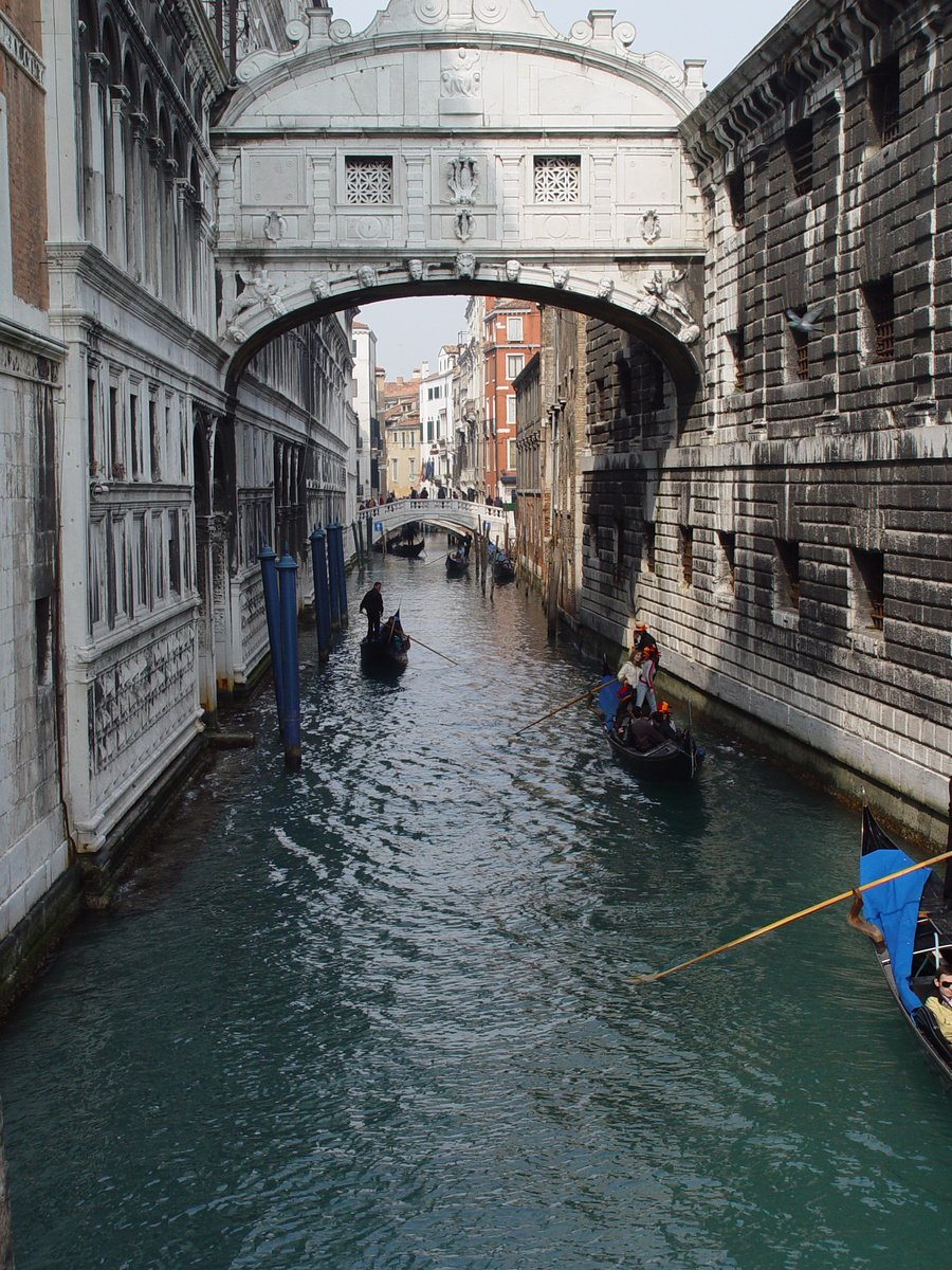 Youth Group Room Designs: Free Italy Waterway Stock Photo