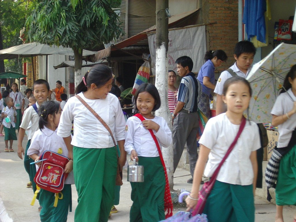 Free Myanmar Children Stock Photo - Freeimagescom-1260