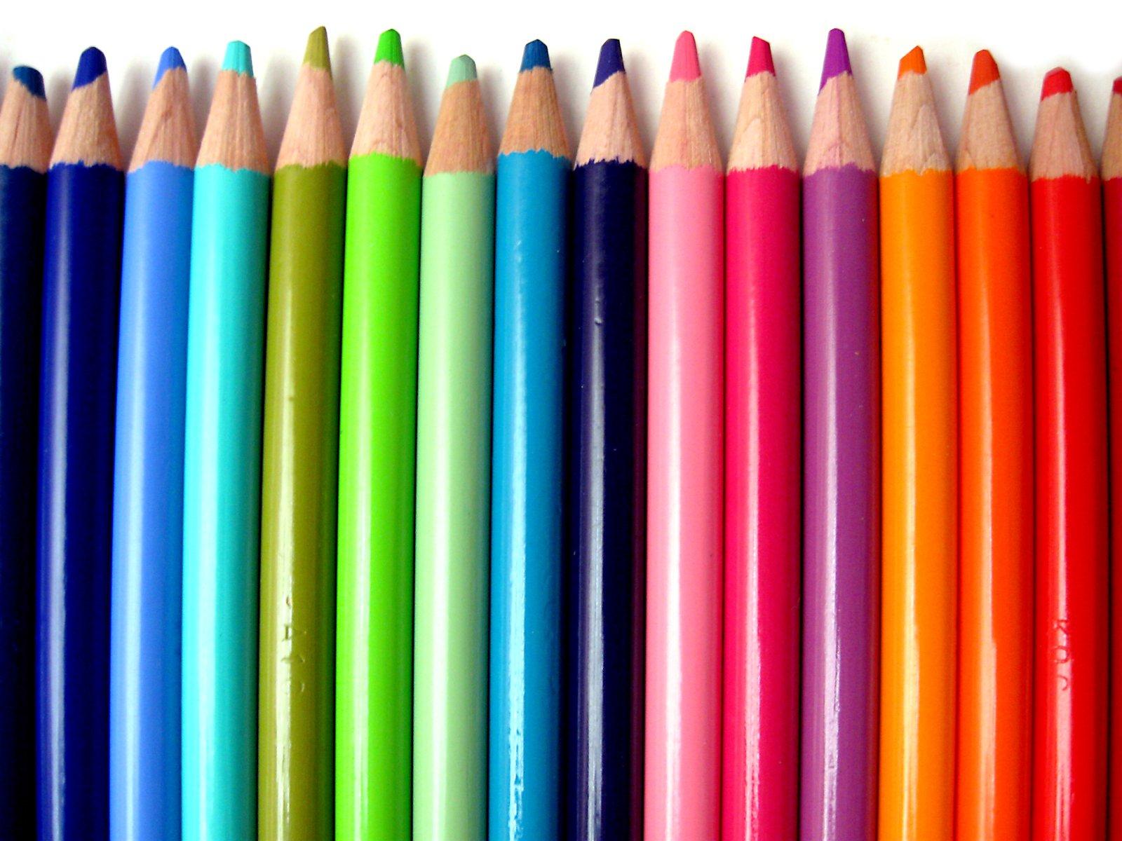 73 Crayons De Couleur Illustrations, Royalty-Free Vector Graphics & Clip Art  - iStock