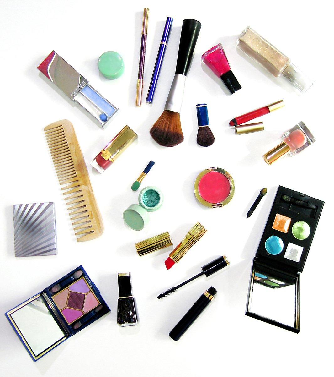 artykuły do makijażu