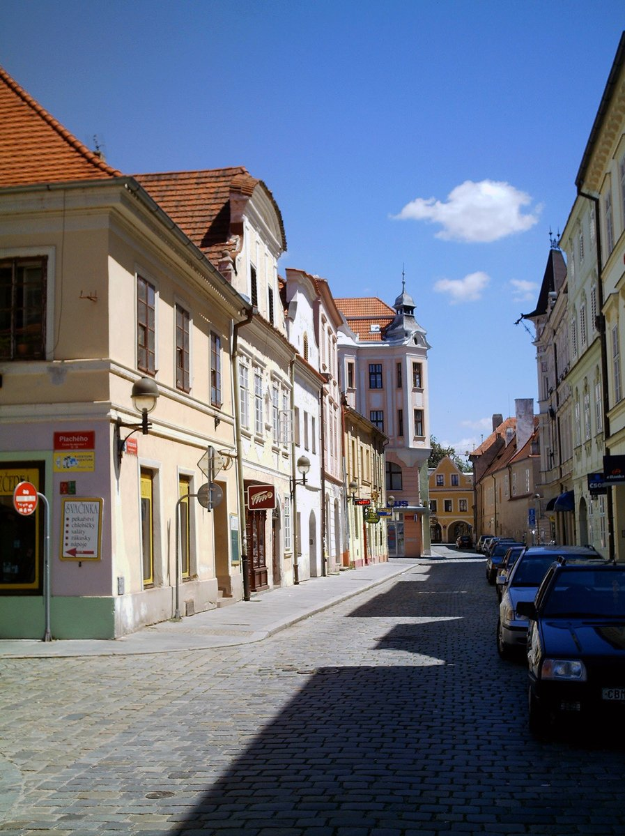 ceske budejovice men Checking out gay ceske budejovice find the best gay saunas, massages, food and shopping - and find someone to do it with in our personals.