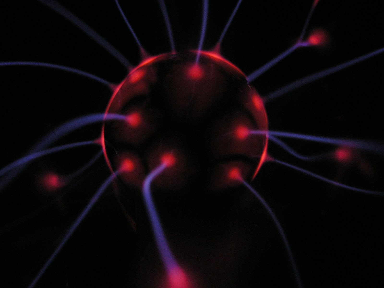 Free plasma ball in action Stock Photo - FreeImages com
