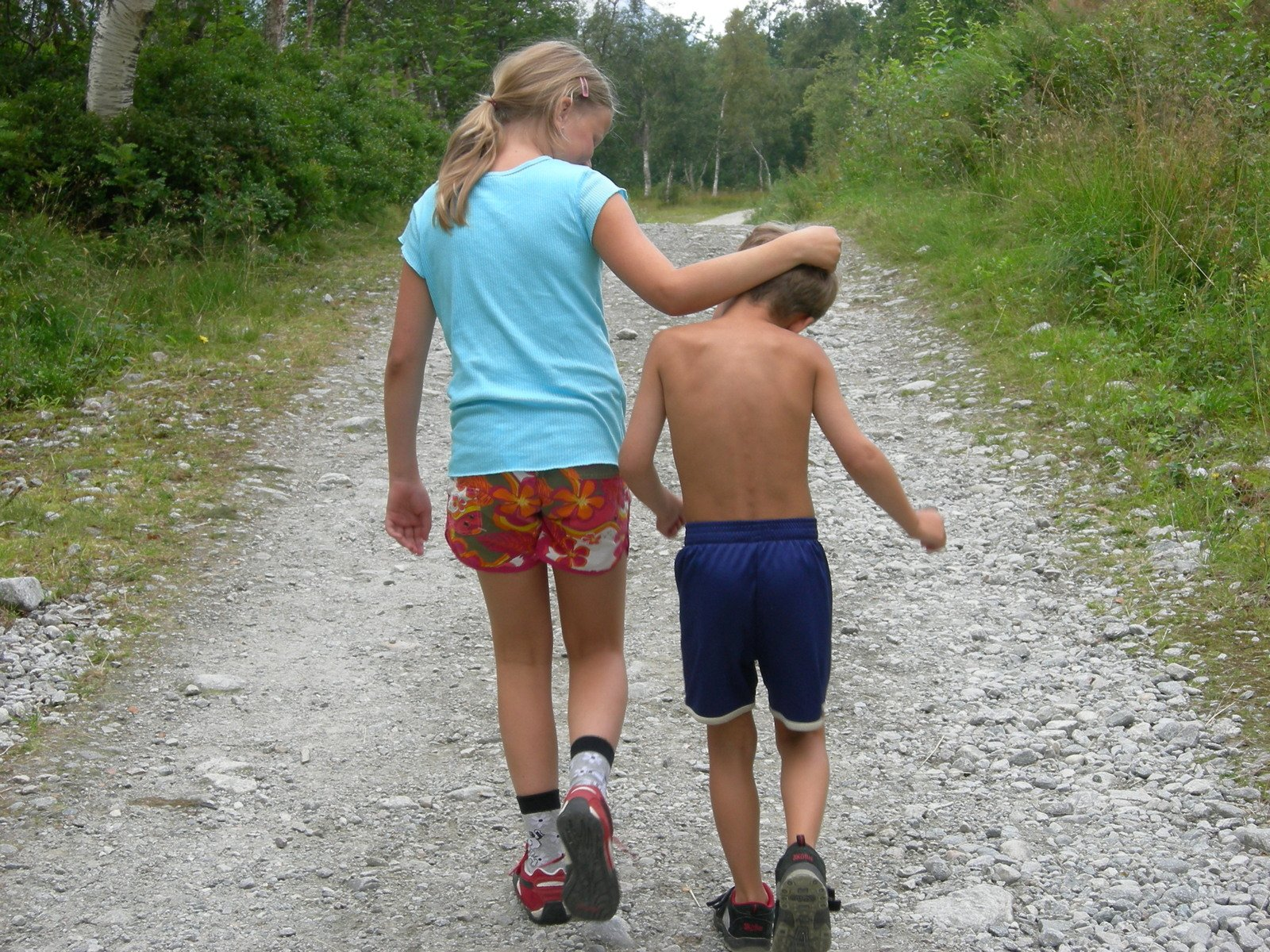 Брат трахнул сестру смотреть и скачать
