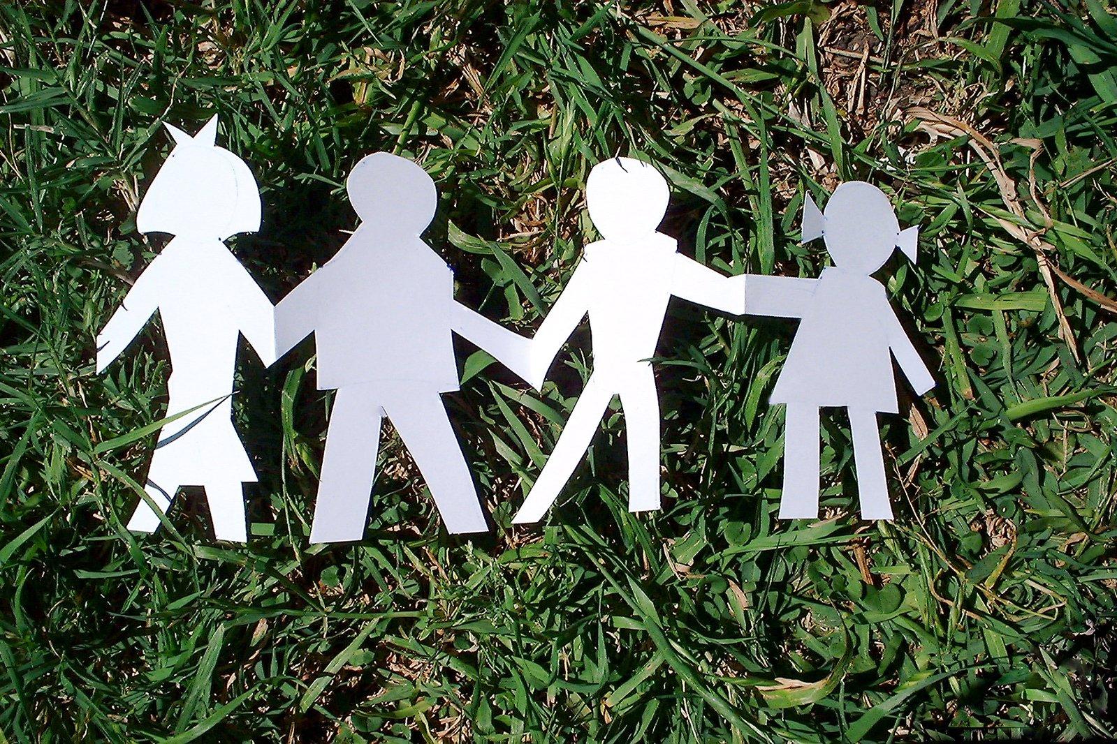 papírová rodina