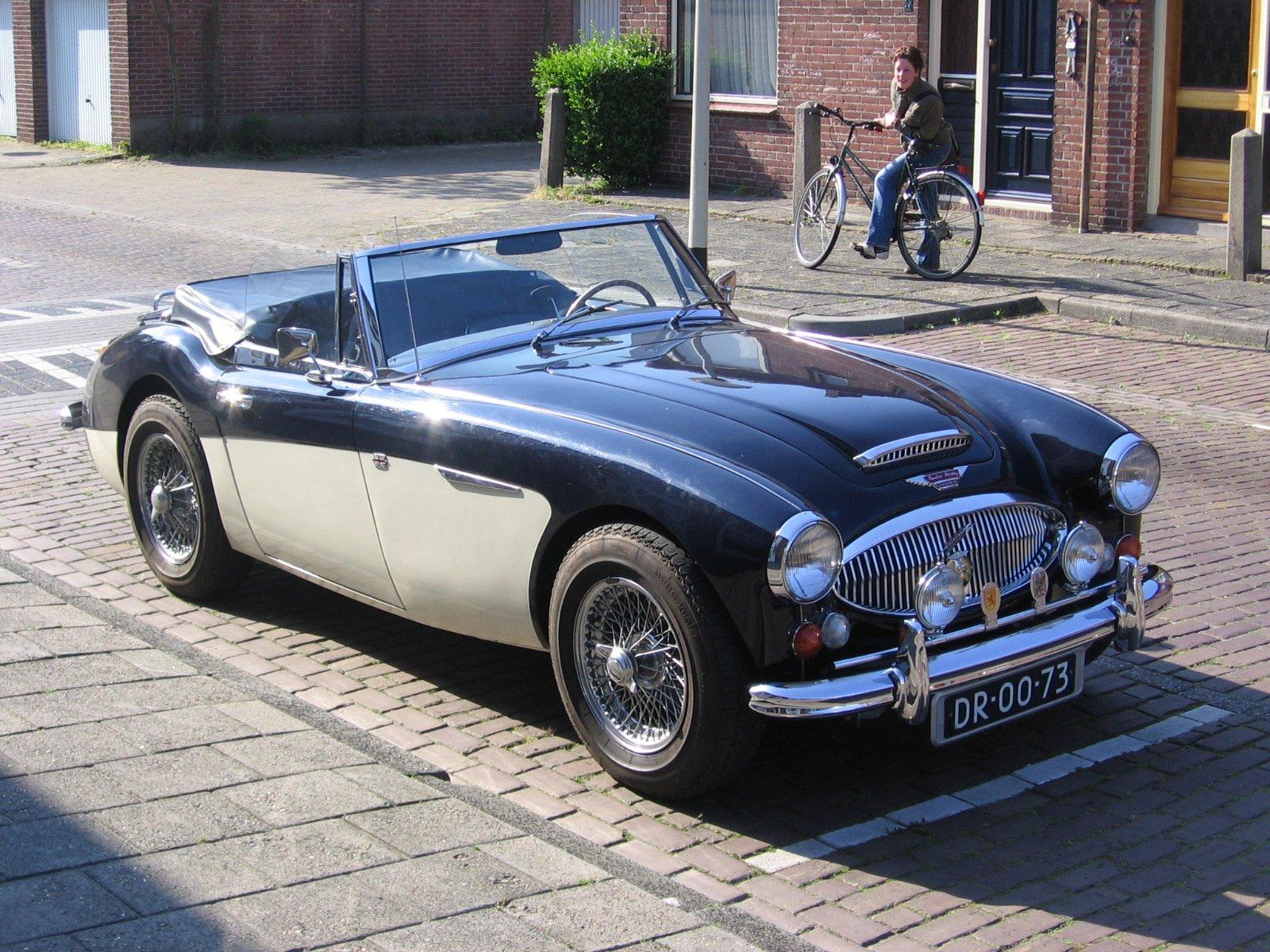Nice shiny car 2