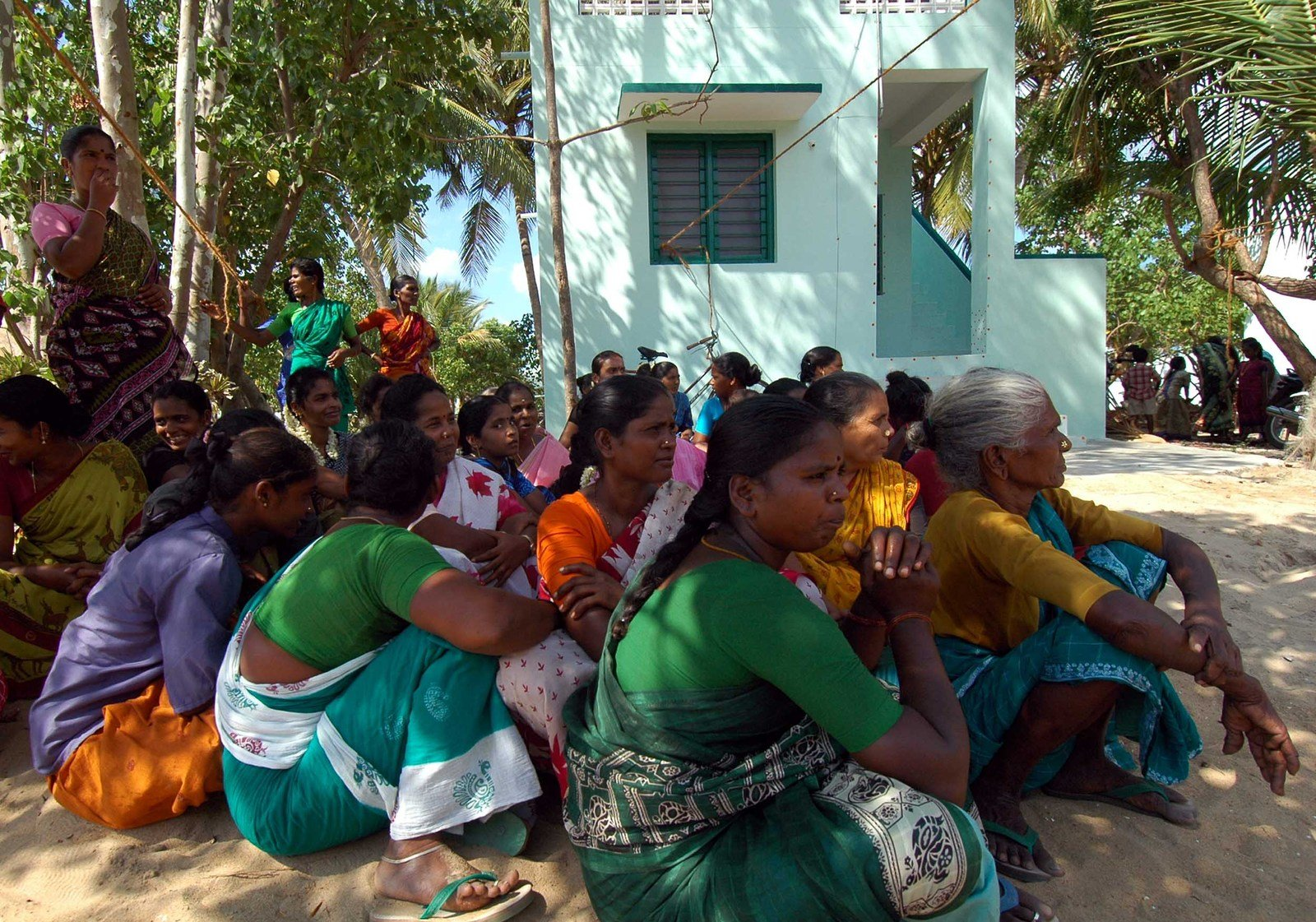 women,tsunami,camp,meeting