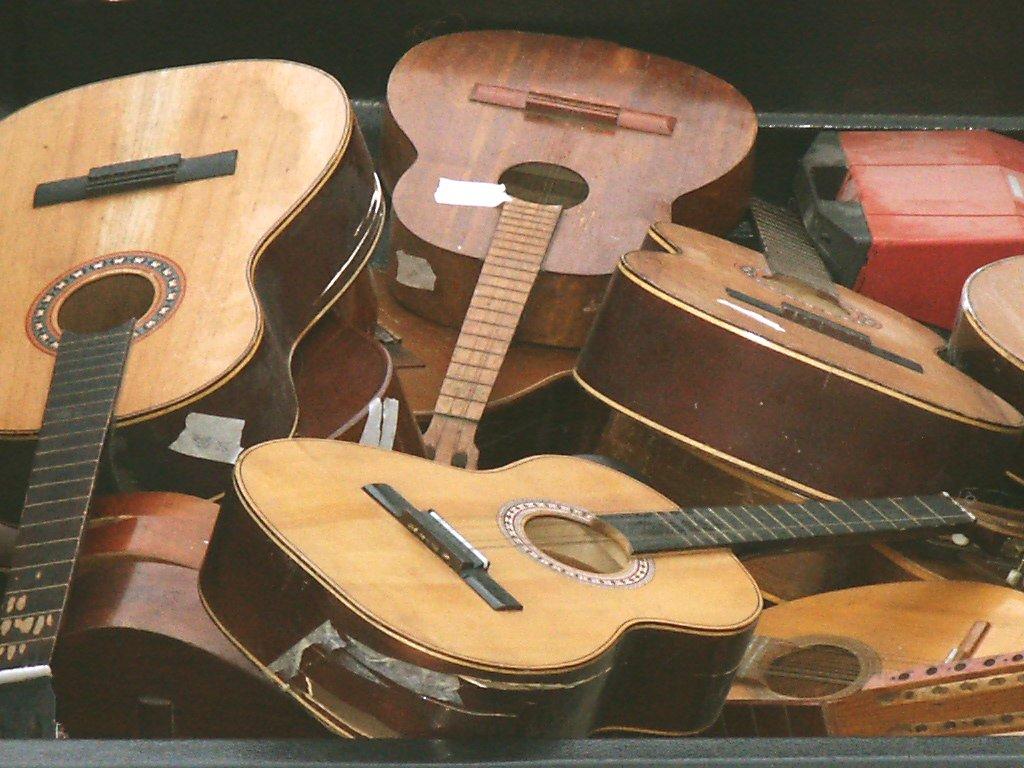 Guitars,music,guitar,guitarra