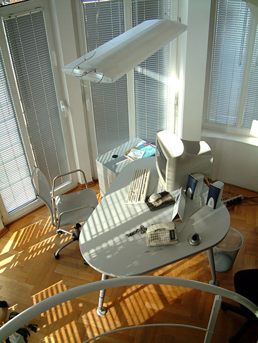 office,table,computer,window