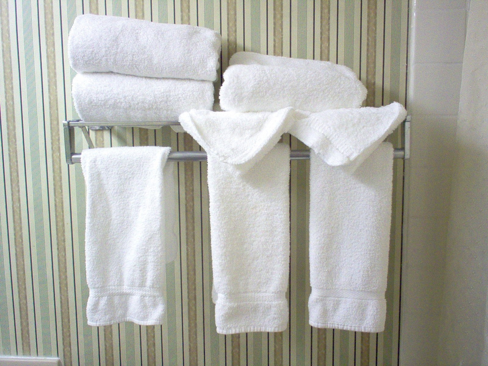 Free Hotel Towels Stock Photo Freeimages Com