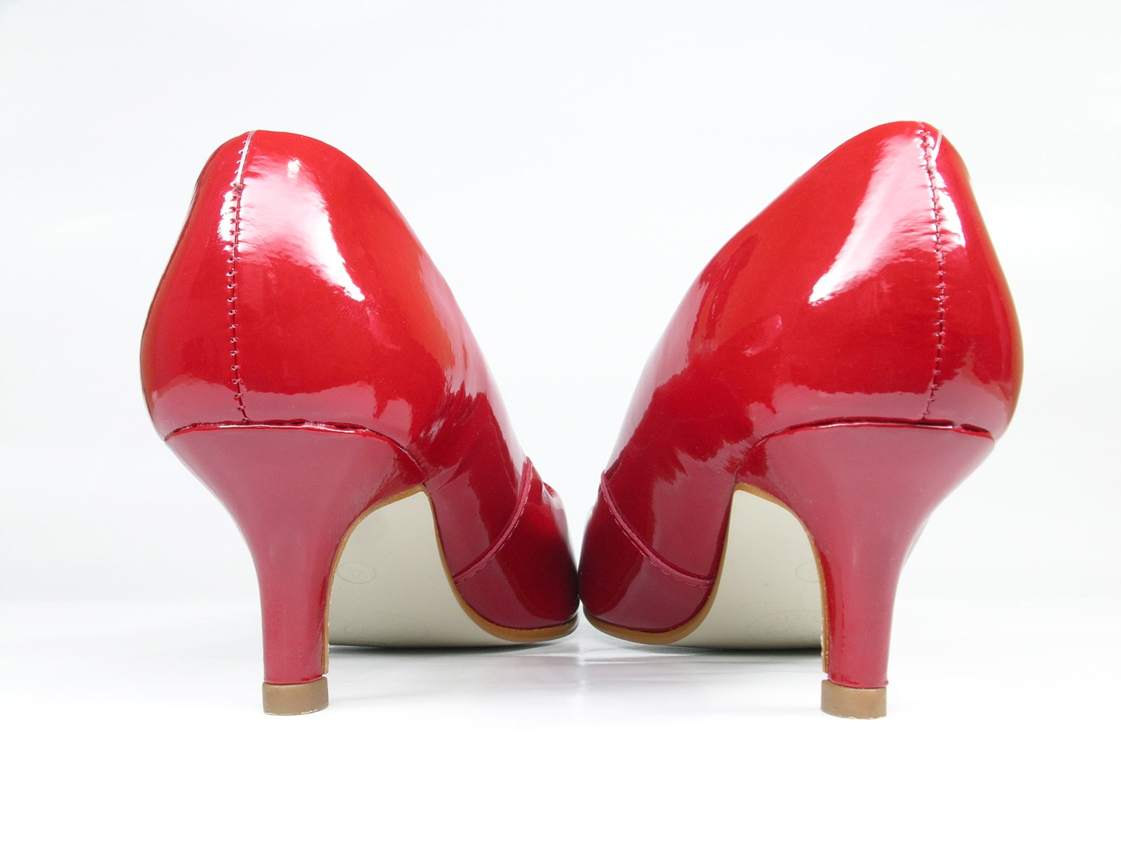 4fa95714ecb54 Free Rote Schuhe Heels 2 Stock Photo - FreeImages.com