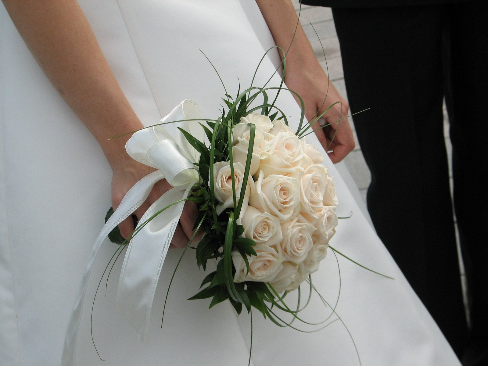Омске, свадебный букет для зрелой невесты картинки