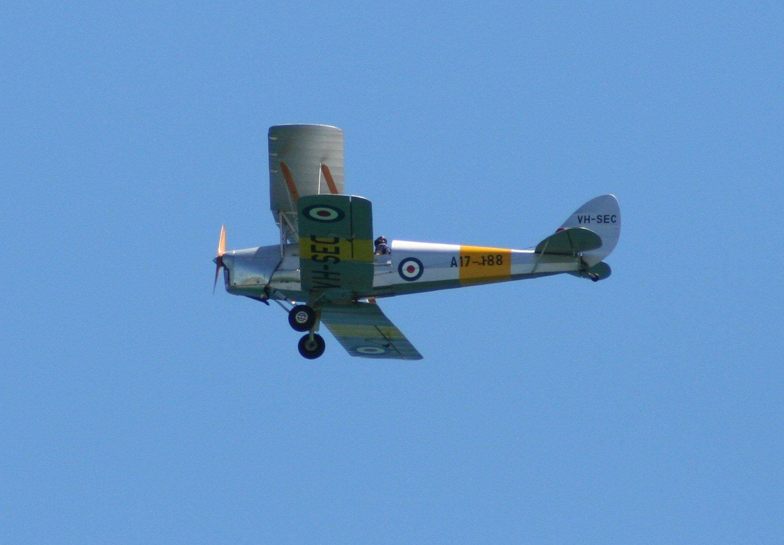 Bi-plane,plane,aeroplane,vehicle