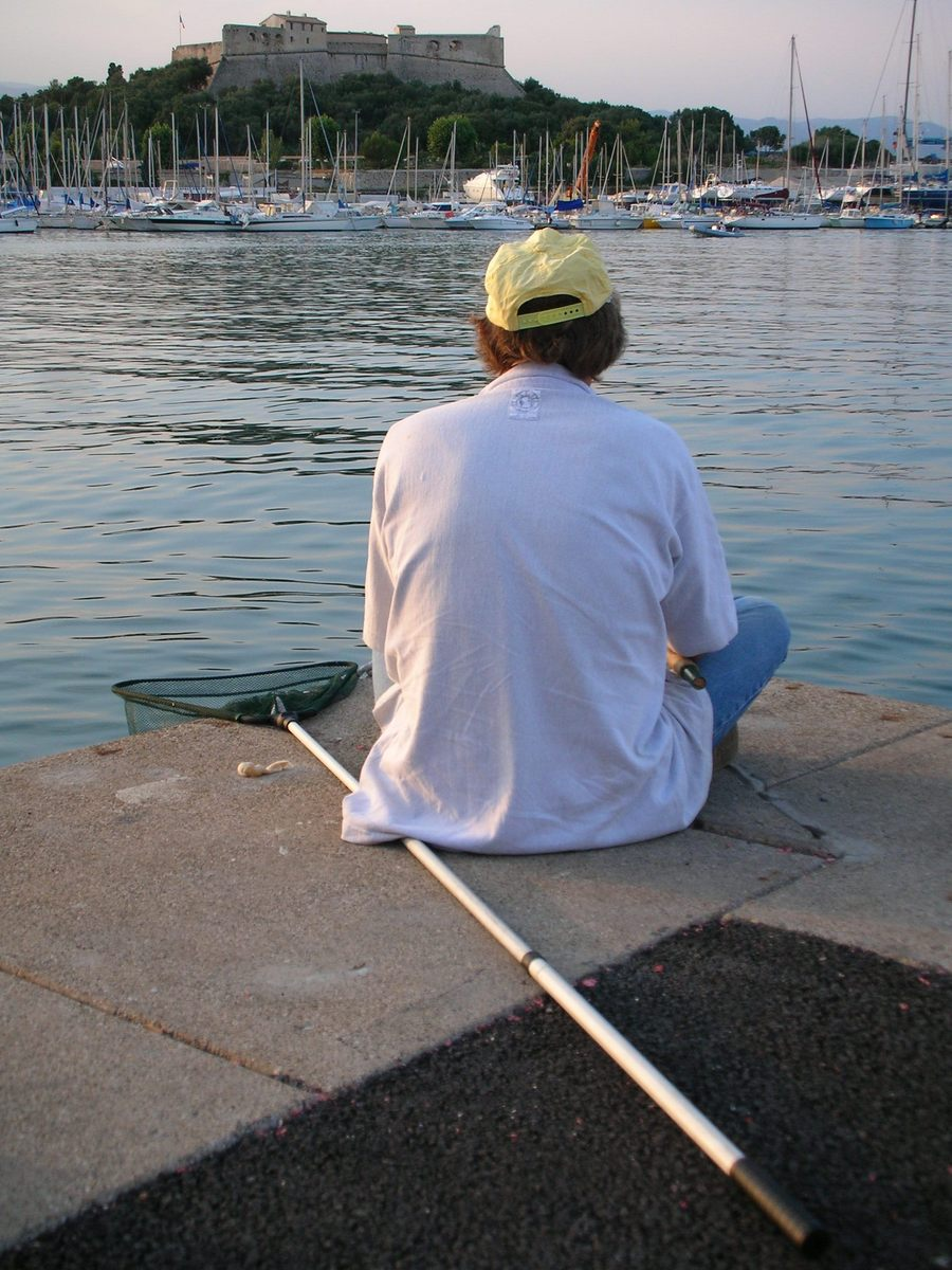 fisherman,sea,port,man