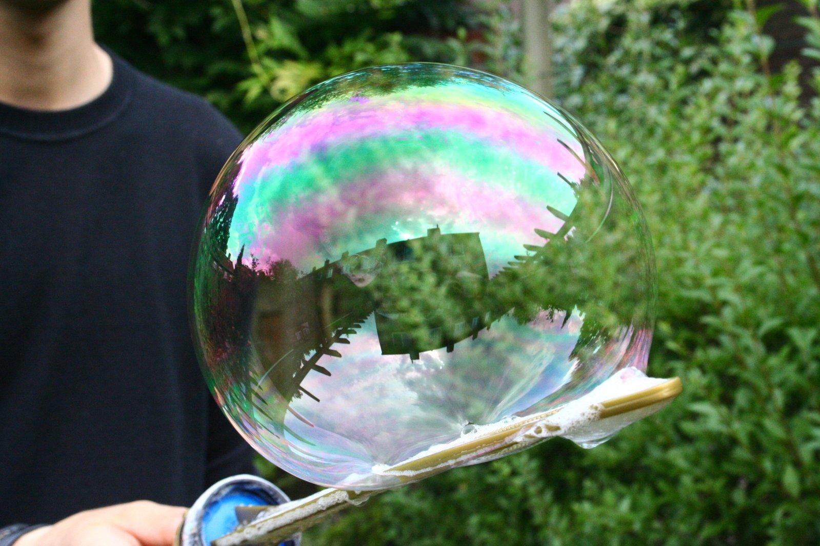 Мыльные большие пузыри