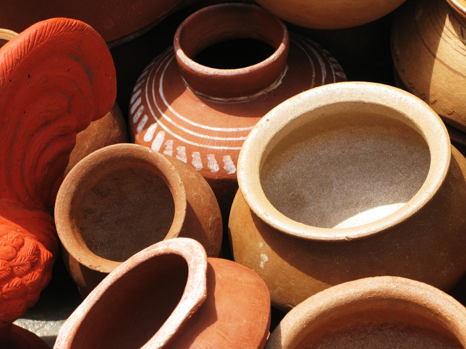 how to clean earthen pots