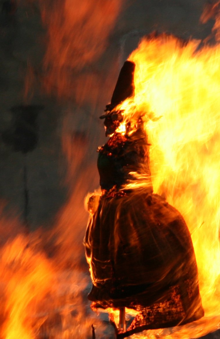 https://images.freeimages.com/images/large-previews/f38/witch-on-a-bonfire-1442972.jpg