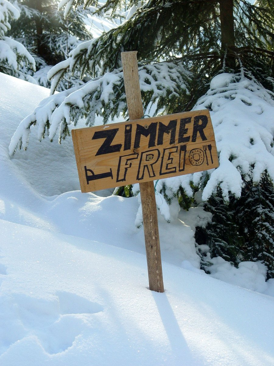 Free Zimmer Frei Stock Photo - FreeImages.com