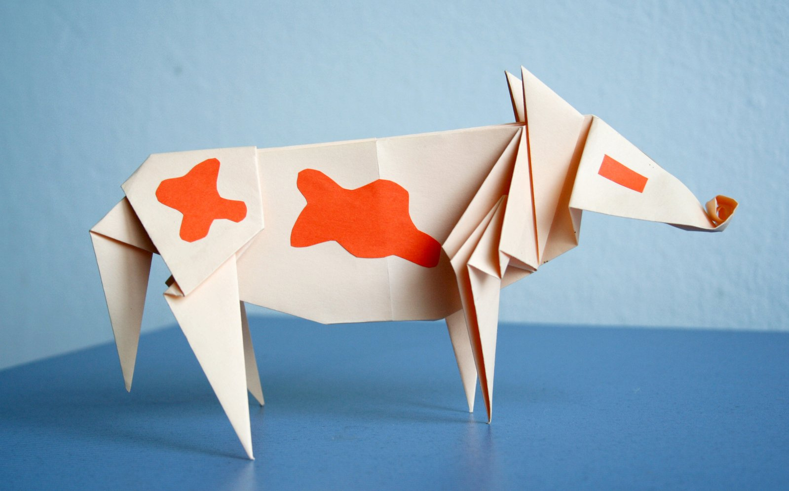 origami,paper,cow,blue