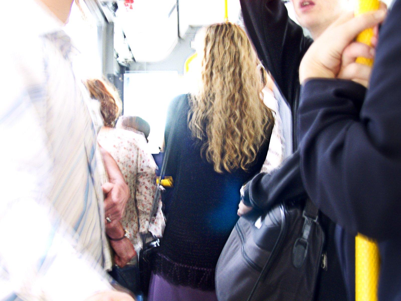 Рассказы в автобусе секс, Случайный секс в автобусе Похожие Истории 16 фотография