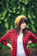 Yellow Hat Flannel Hedge Woman