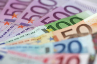 Euro Currency 100