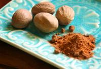 Nutmeg whole and ground