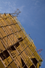 Scaffolding facade