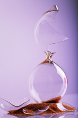 Broken Hour Glass