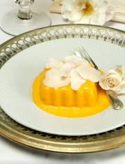 Rosebud Cream