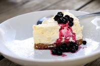 Blackcurrant cheesecake
