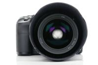 Digital SLR camera with zoom lens