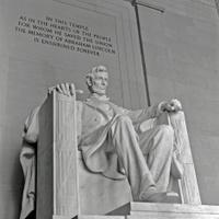 Lincoln statue.