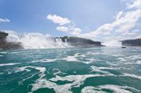 Maid of the mist waterfalls, Niagara Falls