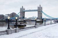 london tower bridge in snow